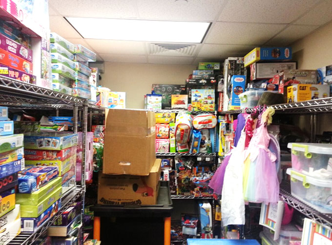 Storage-Room-for-Toys-at-Hospital