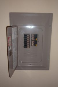 circuit-breaker-inspection